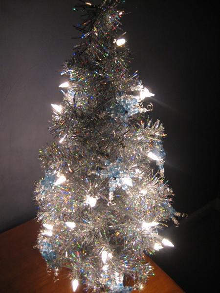 christmas%20tree2.jpg
